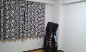 部屋に置きっぱなしのゴルフバッグ
